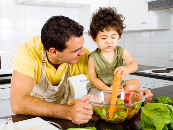 father_son_kitchen