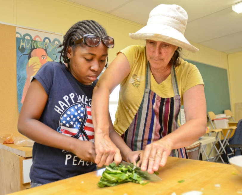Teen summer program grows veggies and leaders